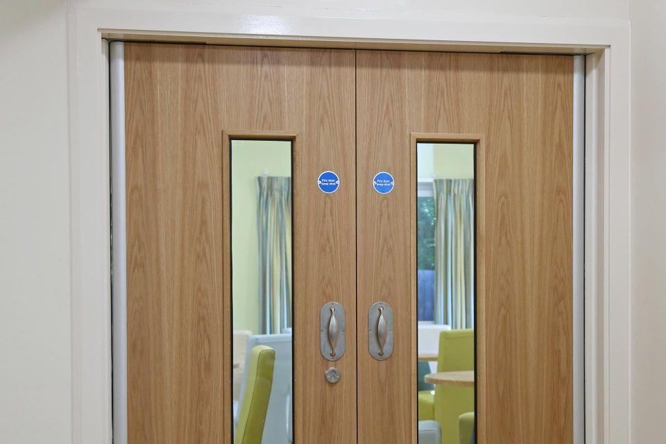 Corridor doorset