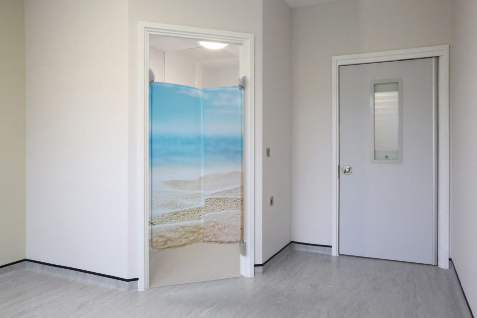 ANTI-LIGATURE EN-SUITE DOOR FOR MENTAL HEALTH